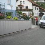 Gartenmauerverblendung mit Aluwelle
